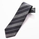 ネクタイ〈ストライプ柄〉